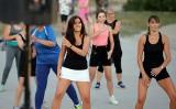 Fitness na plaży w Ostrołęce. Zobaczcie zdjęcia. Będą kolejne takie zajęcia. 7.08.2020