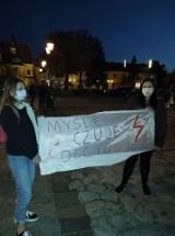 Strajk Kobiet w Niepołomicach. Blokada ronda. Awantura z kierowcami [WIDEO]