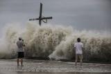 USA: Huragan Laura zbliża się do wybrzeży Teksasu i Luizjany. Trwa ewakuacja setek tysięcy ludzi (VIDEO)