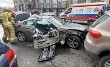 Wypadek w Bytomiu. Kierowca BMW staranował kilka samochodów