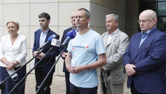 Konferencja prasowa podkarpackich samorządowców wspierających Rafała Trzaskowskiego.