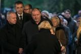 Znane osoby na pożegnaniu Andrzeja Wajdy [ZDJĘCIA]