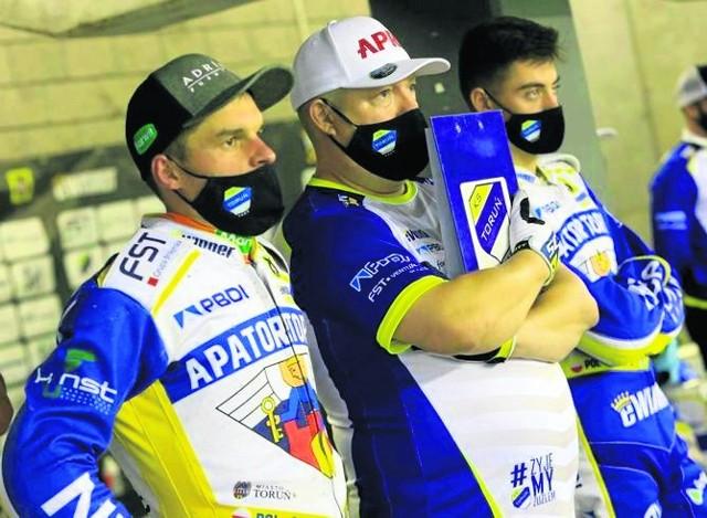 Tomasz Bajerski zapewnia, że treningi w Apatorze przebiegają bez przeszkód. W piątek do młodzieży dołącza Adrian Miedziński
