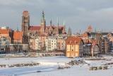 Zimowy Gdańsk widziany z Bastionu Żubr. Zobaczcie magiczne zdjęcia miasta
