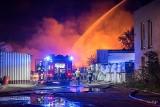 Prokuratura wszczęła dwa śledztwa sprawie pożaru w Sosnowcu. Kto jest podpalaczem? Spłonęło 1100 pojemników z niebezpiecznymi chemikaliami