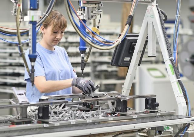 Fabryka Velux w Namysłowie jest głównym dostawcą komponentów drewnianych, jak i poliuretanowych do innych zakładów w Grupie VELUX.