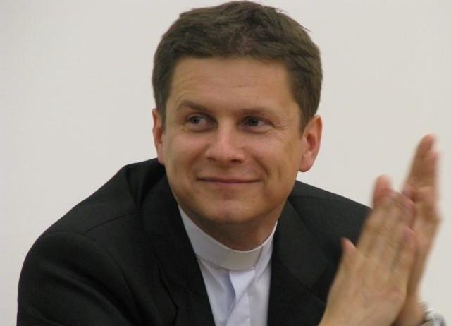 Ksiądz Karol Starczewski.