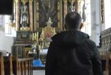 """""""Ręką, którą mnie masturbował, rozdawał komunię świętą"""" - ofiara molestowania przez księdza Arkadiusza H. z Koźmina Wlkp. przerywa milczenie"""