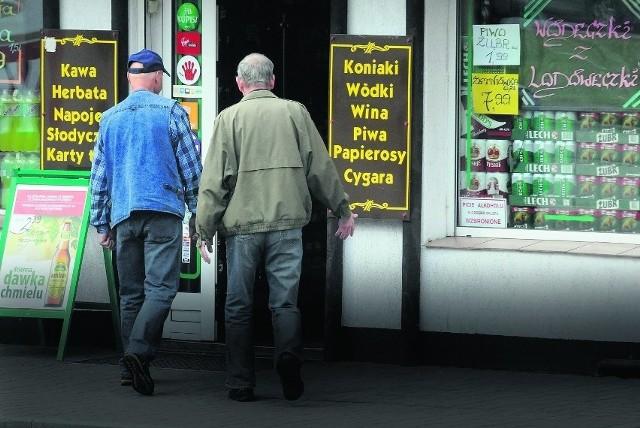 Ministerstwo Finansów uzasadnia podwyżkę akcyzy na alkohol i papierosy przede wszystkim troską o zdrowie Polaków
