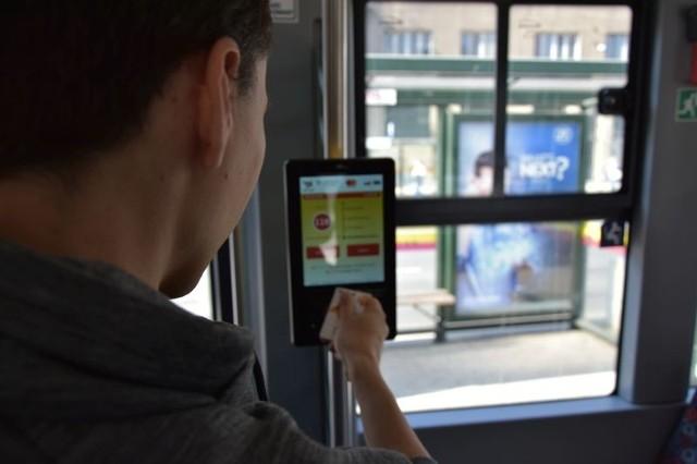 Z początkiem 2019 roku system płacenia za przejechane przystanki ma działać również na linii 11.