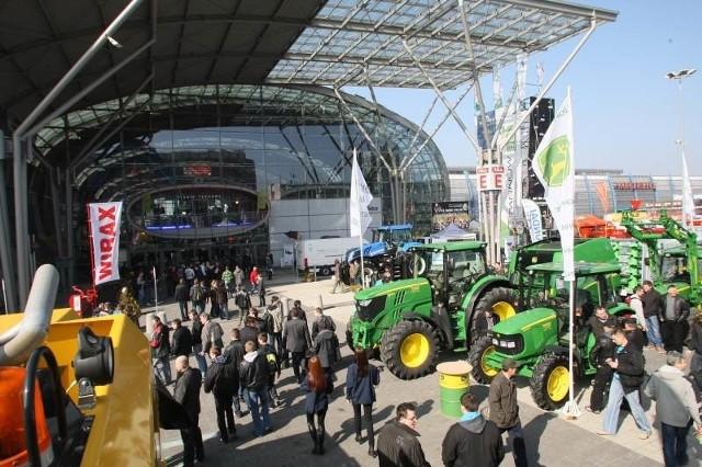 Imprezy targowe, które ściągają do Kielc tysiące zwiedzających, przynoszą miastu zysk i promocję na cały świat.