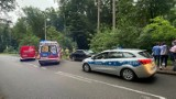Wypadek w Stegnie. Samochód wjechał w pieszych! 8.07.2021 r. Dwie osoby trafiły do szpitala. Policja bada przyczyny zdarzenia