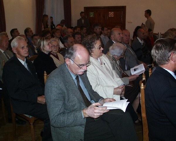 Do Pałacu przybyło wielu miłośników literatury.