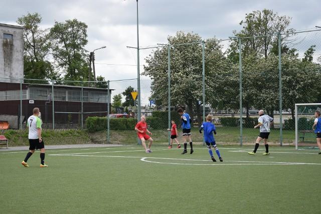 Przy Szkole Podstawowej w Zalesiu będzie wybudowane boisko wielofunkcyjne, coś na kształt sępoleńskich orlików