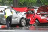Wypadek w bydgoskim Fordonie. 2 osoby zostały ranne w zderzeniu dwóch samochodów