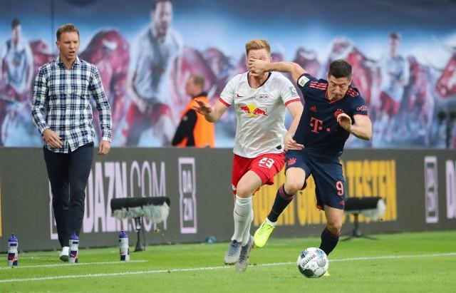 Lewandowskiego poprowadzi o rok starszy trener. Bayern negocjuje