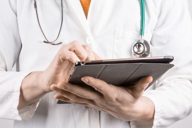 Od 1 marca z teleporad miałyby korzystać tylko osoby między 7., a 64. rokiem życia, co wynika z projektu rozporządzenia ministra zdrowia, które zostało przekazane do społecznych konsultacji.