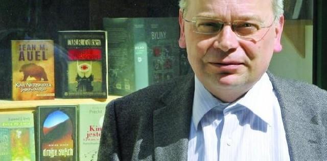 """Tadeusz Zysk, właściciel poznańskiego Wydawnictwa """"Zysk i S-ka"""". Mieszkając w Poznaniu nadal uważa się za bydgoszczanina"""