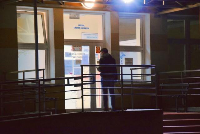 Ministerstwo Zdrowia opublikowało nowe dane. Kolejne dwie osoby zakażone w Lubuskiem. W sumie w kraju jest już (dane na 24 marca) 884 pacjentów zakażonych koronawirusem.