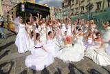Panny młode opanowały Wrocław. Dla Nikodema (ZDJĘCIA)