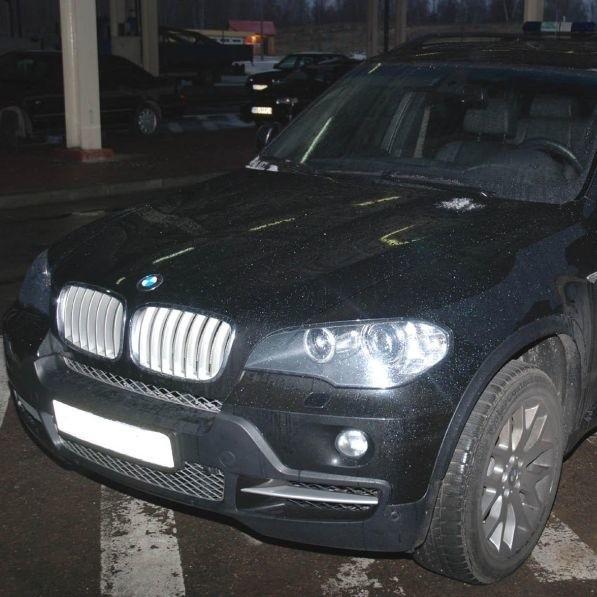 Wartość auta oszacowano na 320 tys. zł.