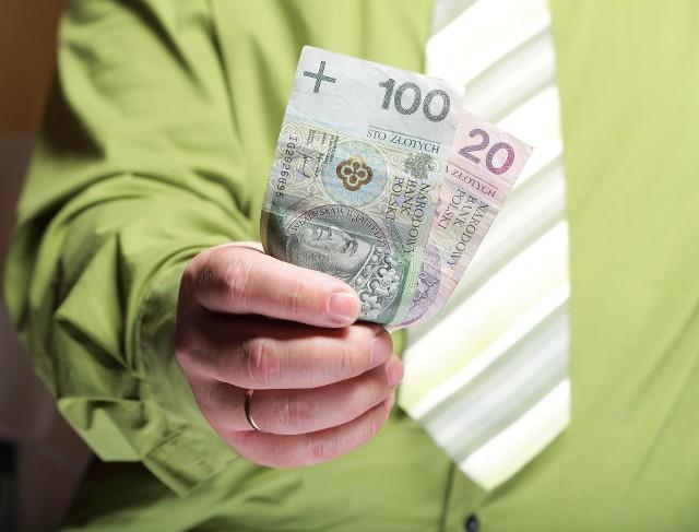 Zarówno dodatek, jak i dopłata mogą wesprzeć domowy budżet.