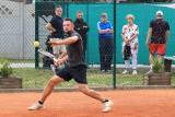 Niewielu dziś pamięta, ale Międzyrzecz tenisem ziemnym stał. Na korcie w Obrzycach nawet młodziutki Wojtek Fibak grywał