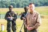 Szef MON Mariusz Błaszczak podpisał rozporządzenie odnośnie noszenia wojskowych mundurów