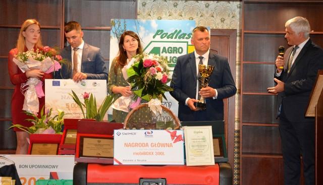 Finał tegorocznej Mistrzów Agroligi 2020 zgromadził laureatów, organizatorów konkursu, polityków, urzędników, samorządowców. Spotkanie zorganizowano w środę [23.09.2020] w Dworku Tryumf w Księżynie