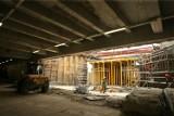 Zniknęła ściana oddzielająca parking pod NFM od tunelu prowadzącego w ul. Zamkową