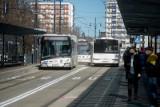 Toruń. Kierowcy skarżą się na nowe rozwiązania przy Placu Rapackiego. Nie chcą stać w korkach