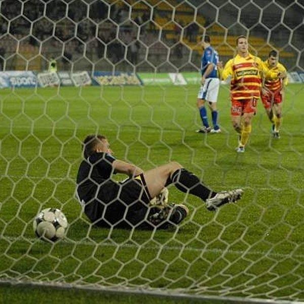 Jagiellonia wygrala 3:2 z LKS-em LódL w meczu o Puchar Ekstraklasy