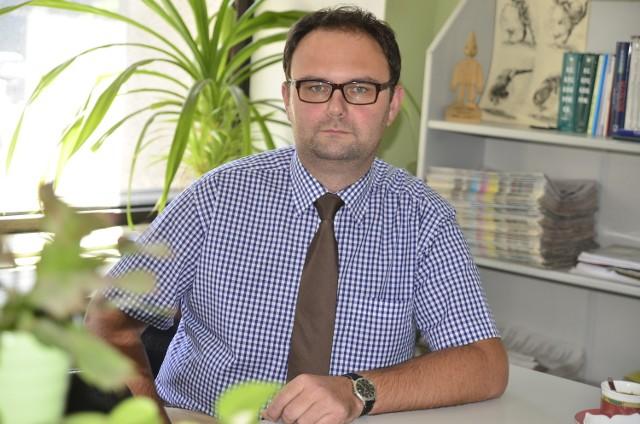 Dodatek energetyczny dla kogo?  Na pytania odpowiada Damian Napierała z Poznańskiego Centrum Świadczeń.