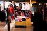 Koniec Camaïeu! Znana sieć sklepów odzieżowych po 20 latach znika z Polski