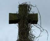 To był diabeł. Wdarł się do pełnego ludzi kościoła. Wielka plama krwi, krzyki i obłęd. Mężczyzna zadawał ciosy nożem