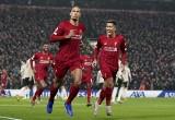 Liverpool ograł United w Bitwie o Anglię, kolejka pełna potknięć gigantów