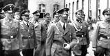 Ostatnie wakacje przed koszmarem. Hitler w Sopocie  - nazyfikacja i kicz. Wystawa w Muzeum Sopotu [ZDJĘCIA]