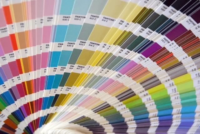 Wzornik z koloramiWarto poświęcić trochę czasu, żeby starannie dobrać kolory do naszych wnętrz. Właściwe barwy zapewnią nam dobre samopoczucie.