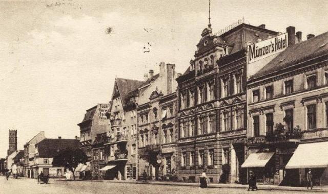 14 lutego 1945 r. Nowa Sól została opanowana przez oddziały radzieckie 3 Armii Gwardii gen. Gordowa. W trakcie walk Nowa Sól ucierpiała nieznacznie. Źródło: Dzieje Nowej Soli