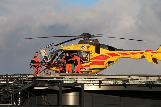Miało miejsce pierwsze lądowanie śmigłowca Lotniczego Pogotowia Ratunkowego na wybudowanym lądowisku Komendy Powiatowej Państwowej Straży Pożarnej w Żninie przy ul. Dąbrowskiego - poinformowano w specjalnym komunikacie.