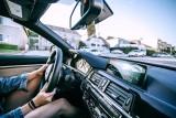 Obowiązkowe wyposażenie samochodu osobowego - o czym pamiętać?