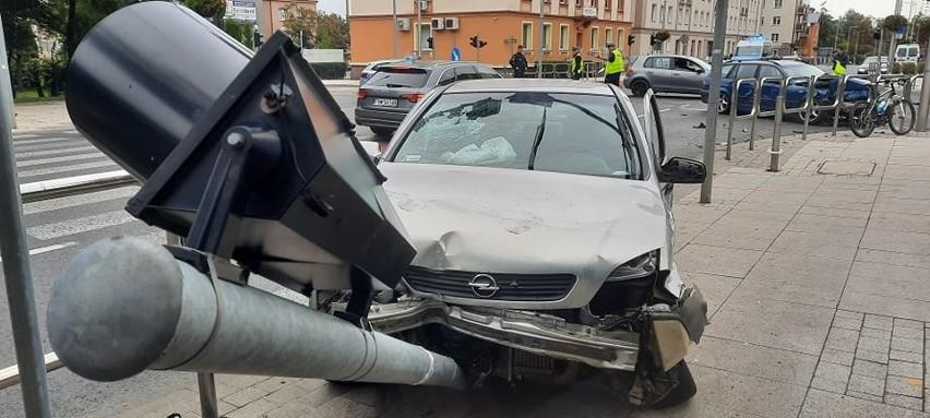 Do wypadku doszło na skrzyżowaniu ul. Bohaterów Westerplatte...