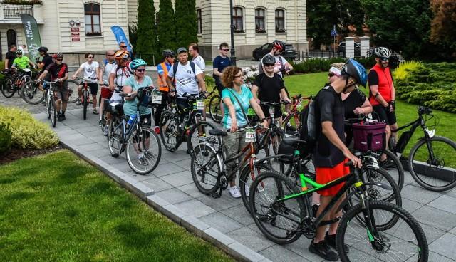 12 czerwca 2021 o godz. 10.00  spod bydgoskiego ratusza wyruszył rajd rowerowy. Cykliści kręcili kilometry w ramach rywalizacji Aktywne Miasta (przedtem: Rowerowa Stolica Polski)