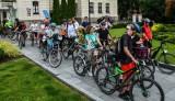 Aktywne Miasta. Rajd rowerowy miał start w Bydgoszczy, a metę w Tazbirowie. Prezydent Rafał Bruski też wziął w nim udział