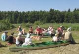 Uczniowie IV LO w Białymstokdwa dni płynęli rzeką Supraśl