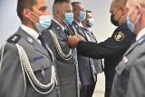 Powiat tucholski. Policjanci z okazji święta dostali awanse i wyróżnienia