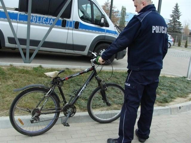 Ten skradziony rower udało się policji odzyskać.
