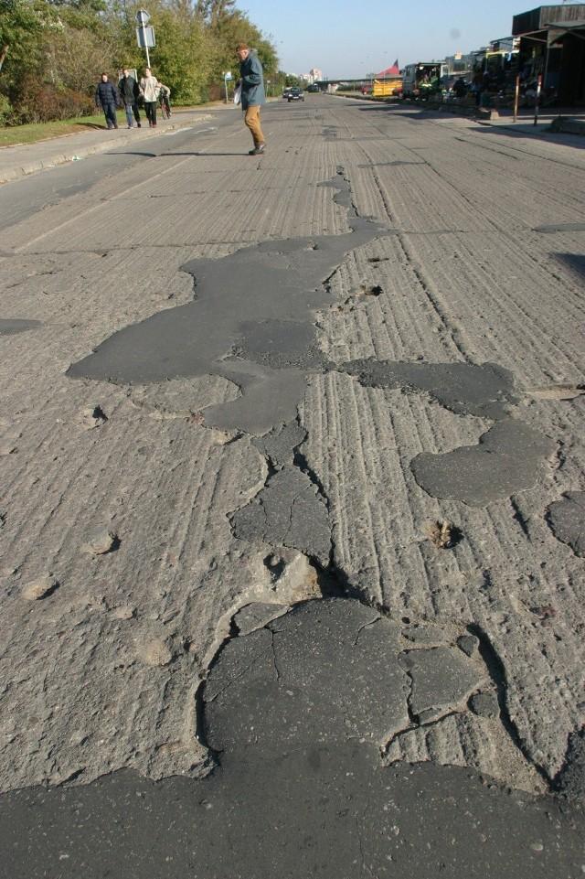 Popiół na bazie którego zbuduje się nowe drogi pochodzi będzie głównie z dużych elektrociepłowni.