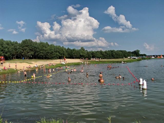 Nad zalew przyjeżdżają głównie turyści z Podlasia i Mazowsza. Miłośnicy  natury mają tutaj znakomity wypoczynek.