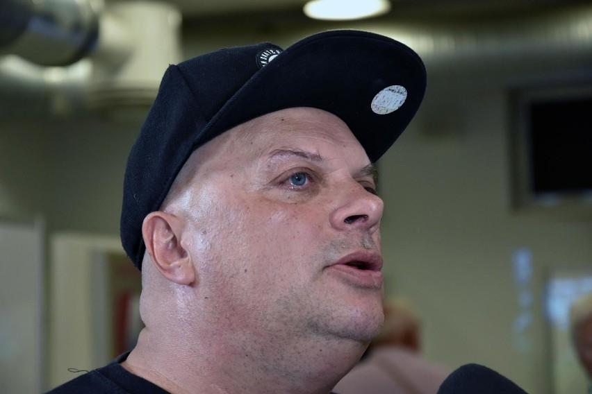 Krzysztof Skiba uważa, że sytuacja z pociągami na festiwal w...